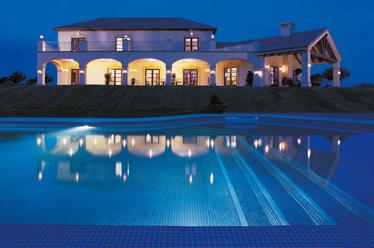 Piscinas gunisol for Normativa piscinas canarias